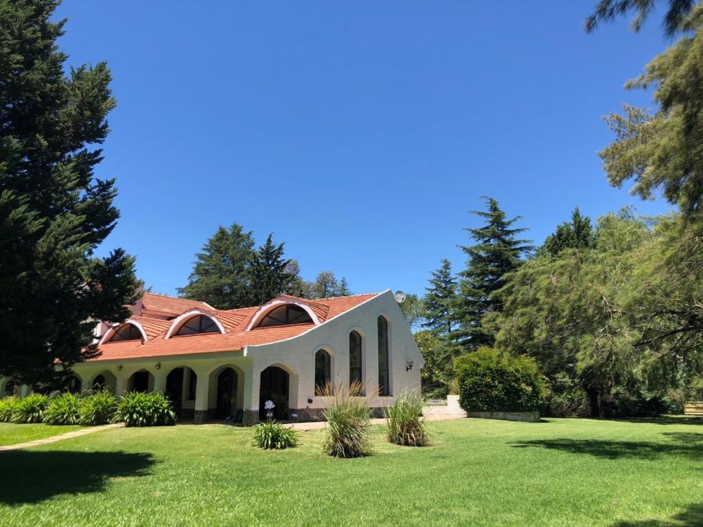 Casa de Campo y Polo Esmeralda, Mercedes, Argentina ...