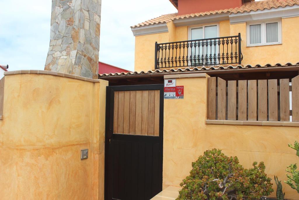 Villa Elena (Spanje Corralejo) - Booking.com
