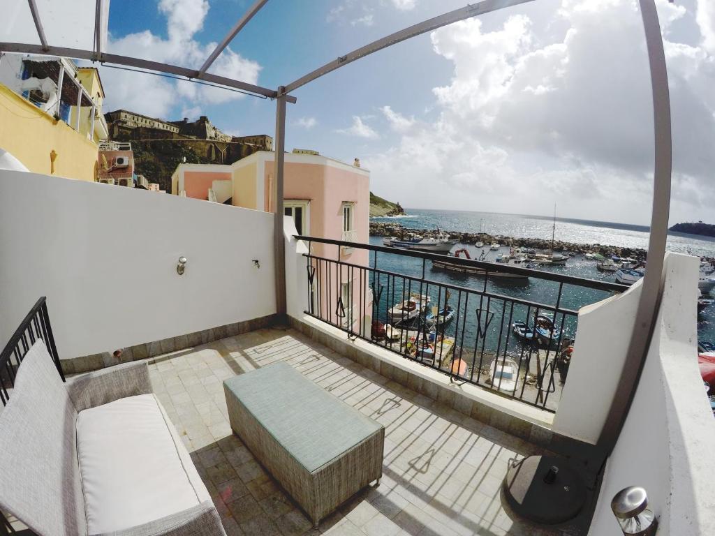 Balcone o terrazza di Chora Kalè
