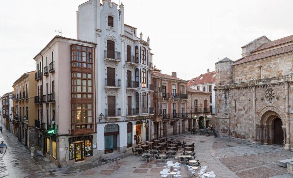 Departamento Señorita Escarlata - Plaza Mayor (España Zamora ...