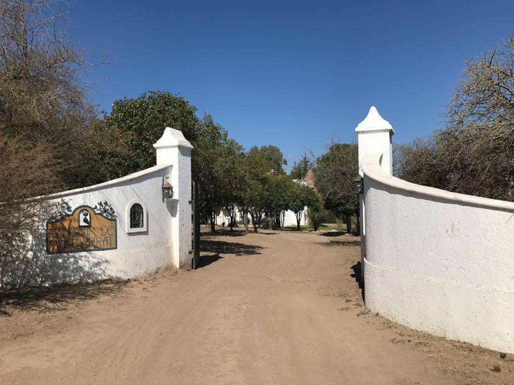 Bed and Breakfast monestir de montserrat (Argentina San ...