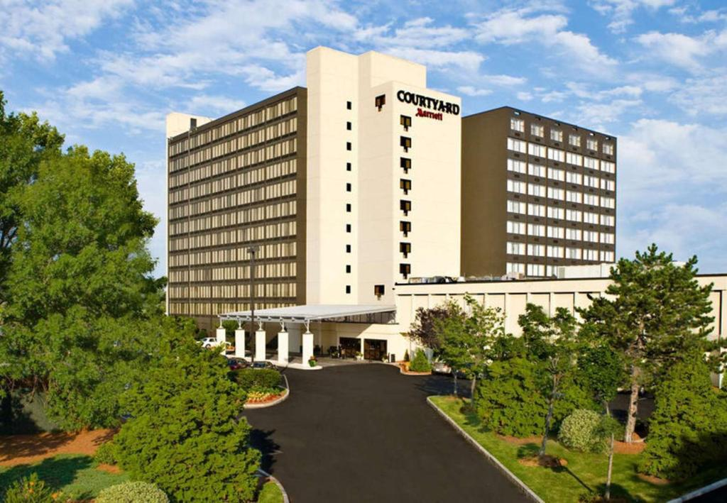 Hotel Courtyard By Marriott Boston Ma Booking