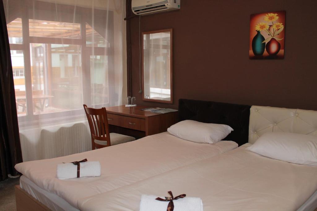 Легло или легла в стая в Семеен Хотел Скуеър