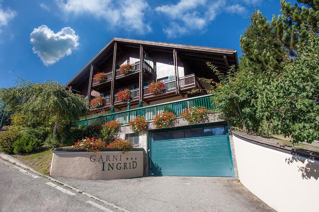Bed & Breakfast Garni Ingrid (Italia Dobbiaco) - Booking.com