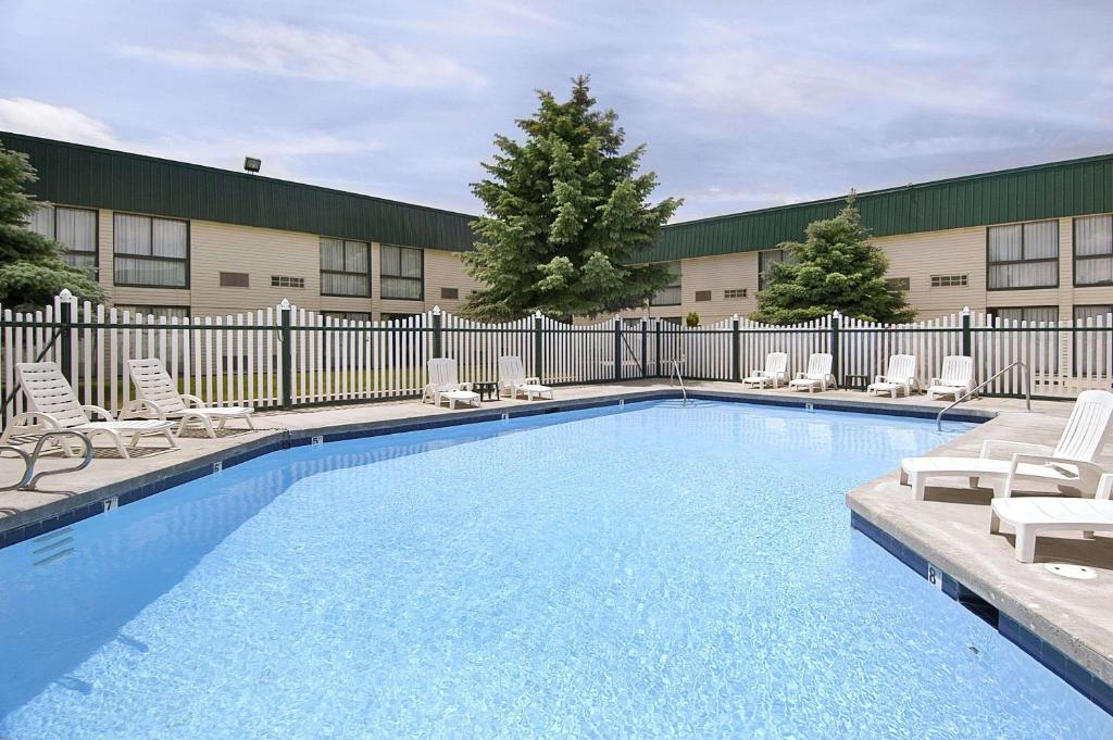 The swimming pool at or near Travelodge by Wyndham Pocatello