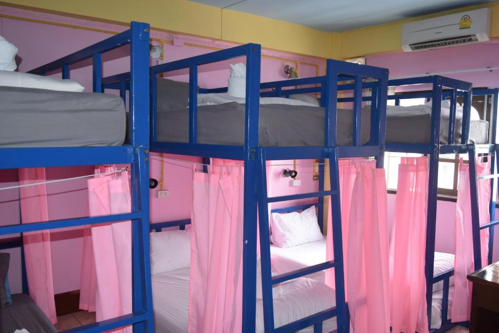 A bunk bed or bunk beds in a room at Gate way Hostel
