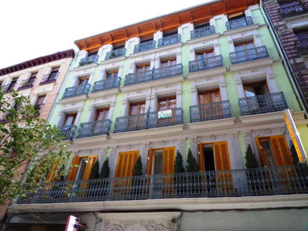 Hostal La Fontana, Madrid – Updated 2019 Prices