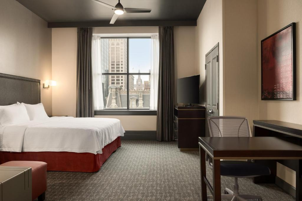 Hotel Homewood Suites By Hilton Milwaukee (USA Milwaukee ...
