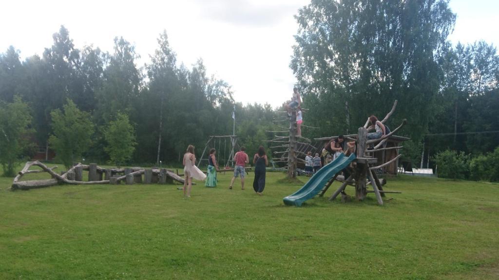 Laste mänguala majutusasutuses Kauksi Puhkemaja