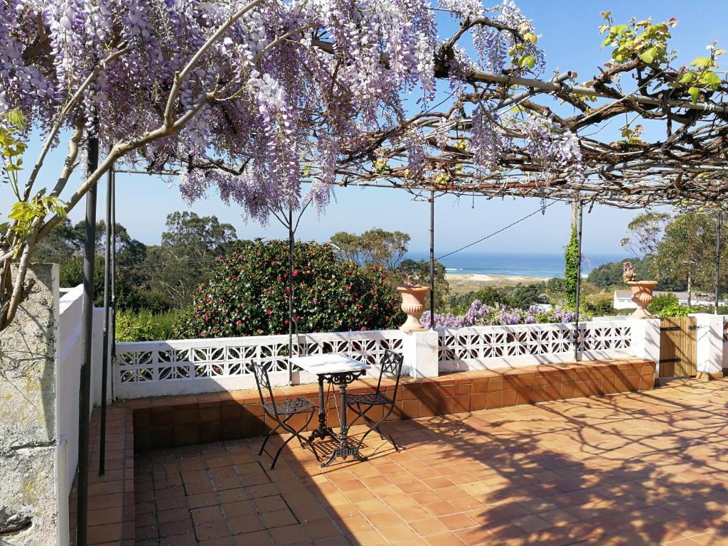 Vacation Home La Entretenida, Doniños, Spain - Booking.com
