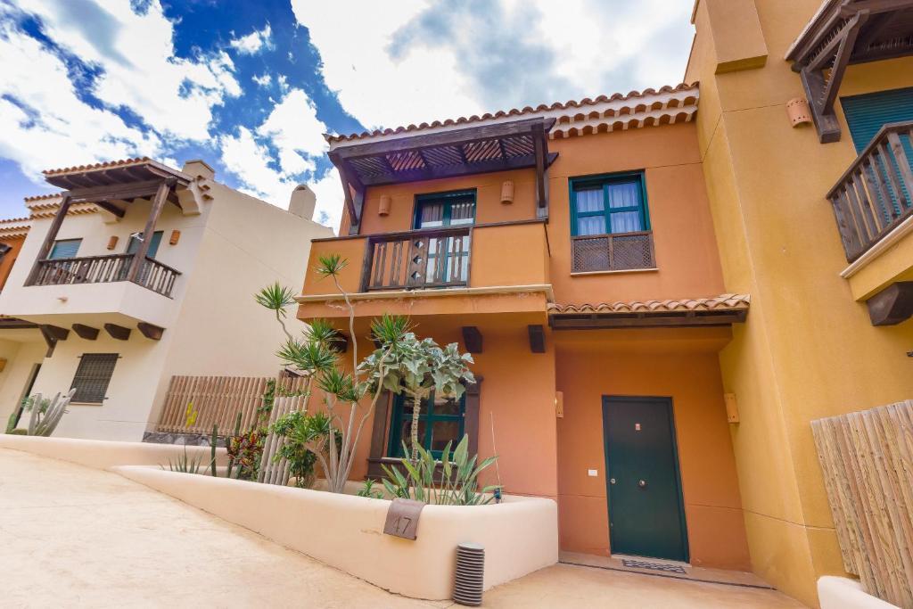 Villa San Blas first line, San Miguel de Abona – Updated ...