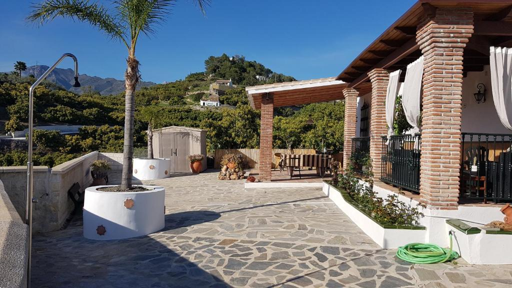 Villa Jomada (España Nerja) - Booking.com