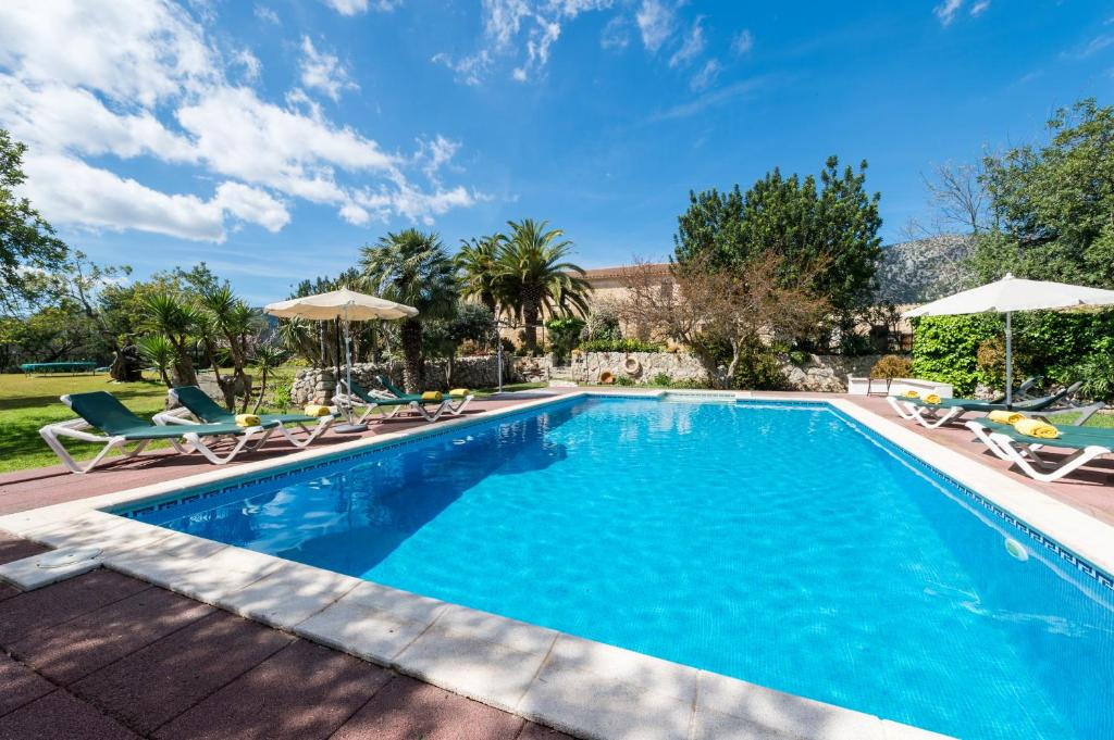 The swimming pool at or close to Agroturismo Can Guillo