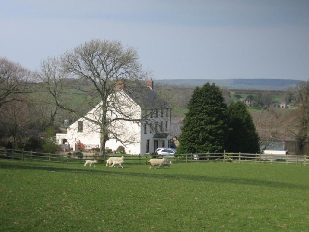 East Hook Farmhouse