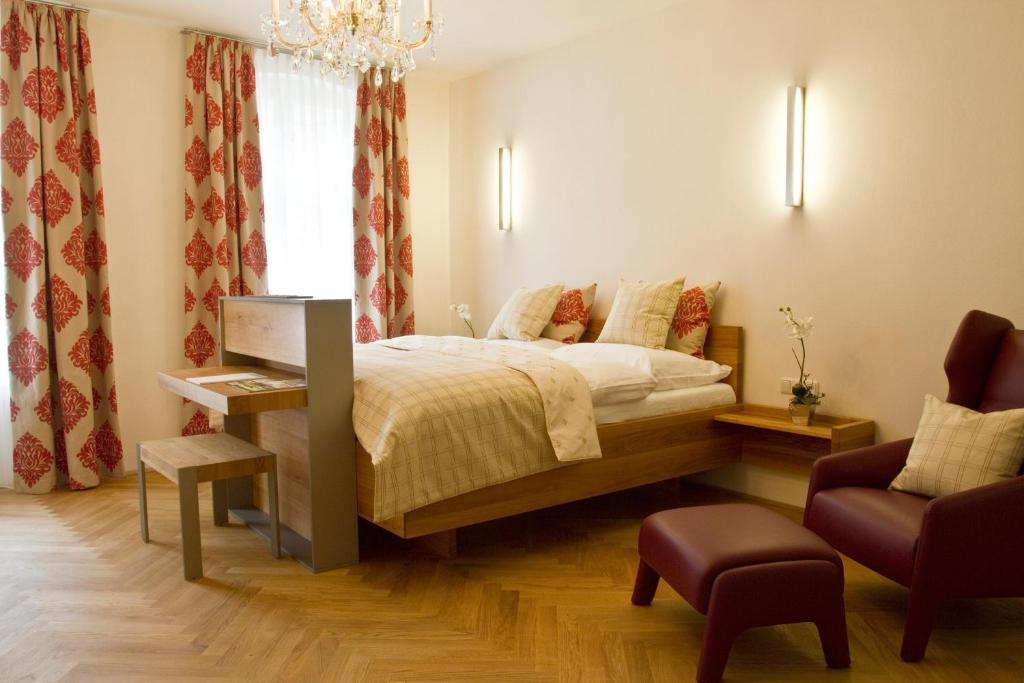 Letto o letti in una camera di Vierzigerhof