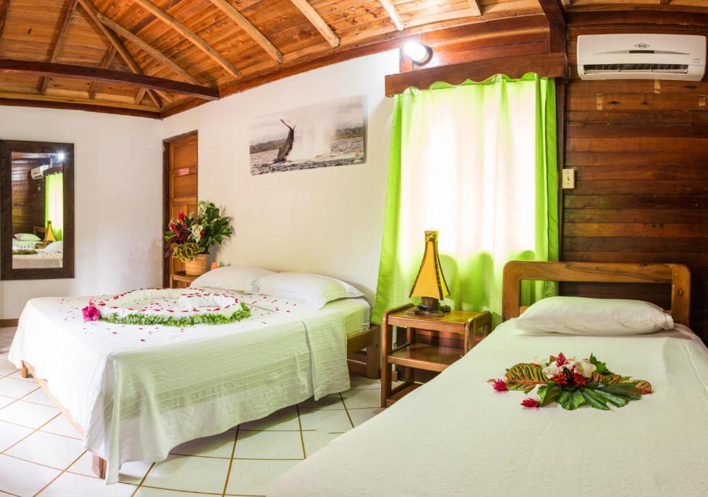 Cama o camas de una habitación en Tacarcuna Lodge