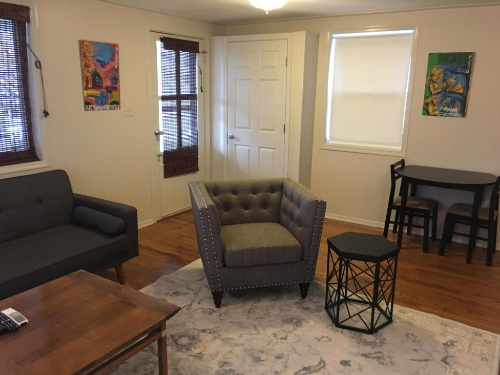 Apartment Top Belmont Location 1 Minute From The