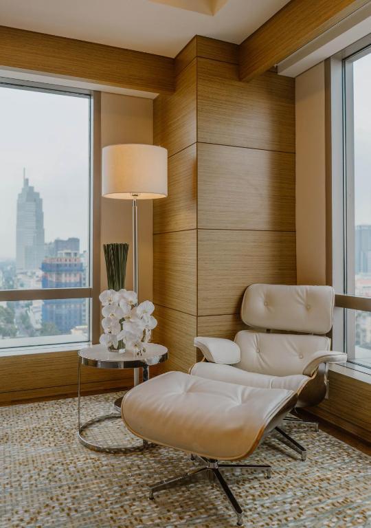 Phòng Deluxe Corner có Giường cỡ King