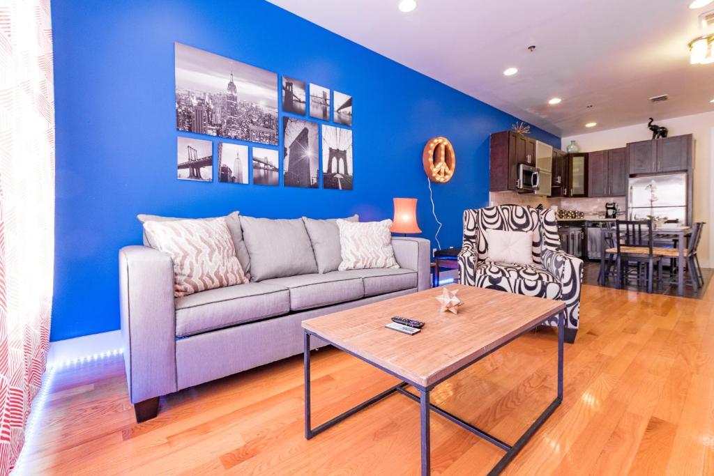 Apartment NEW! 2BR/2BA MODERN APT -- NEAR NYC TRAIN, Jersey ...