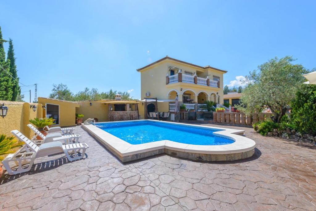 Villa Torre Encina (España Alhaurín de la Torre) - Booking.com