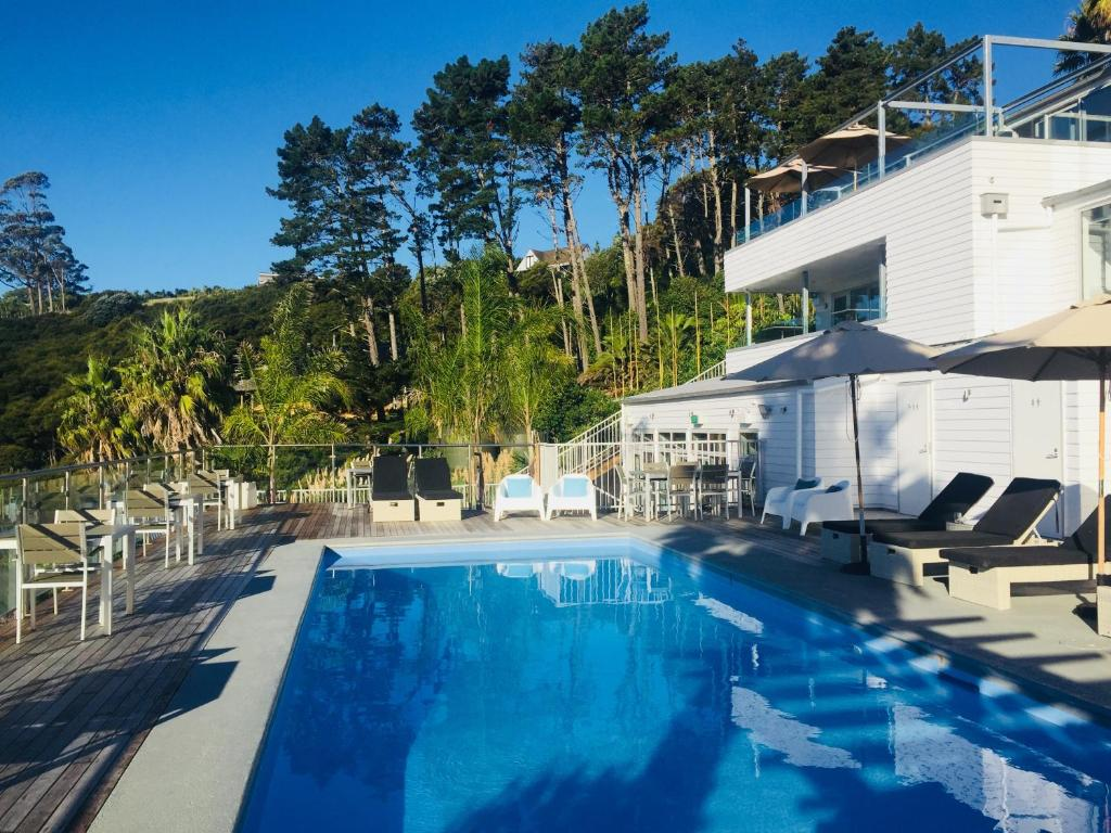 The swimming pool at or near Waiheke Island Resort Conference & Accomodation Centre