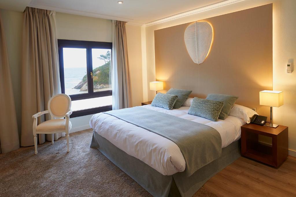 Hotel Mirador de La Franca, La Franca – Precios actualizados ...