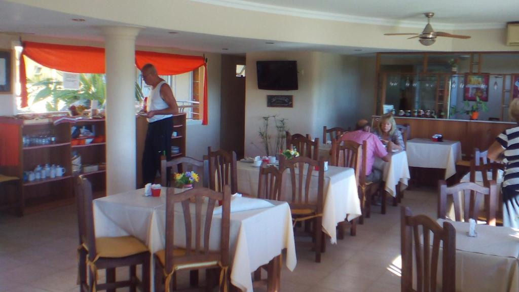Hotel La Bahia (Argentina Federación) - Booking.com