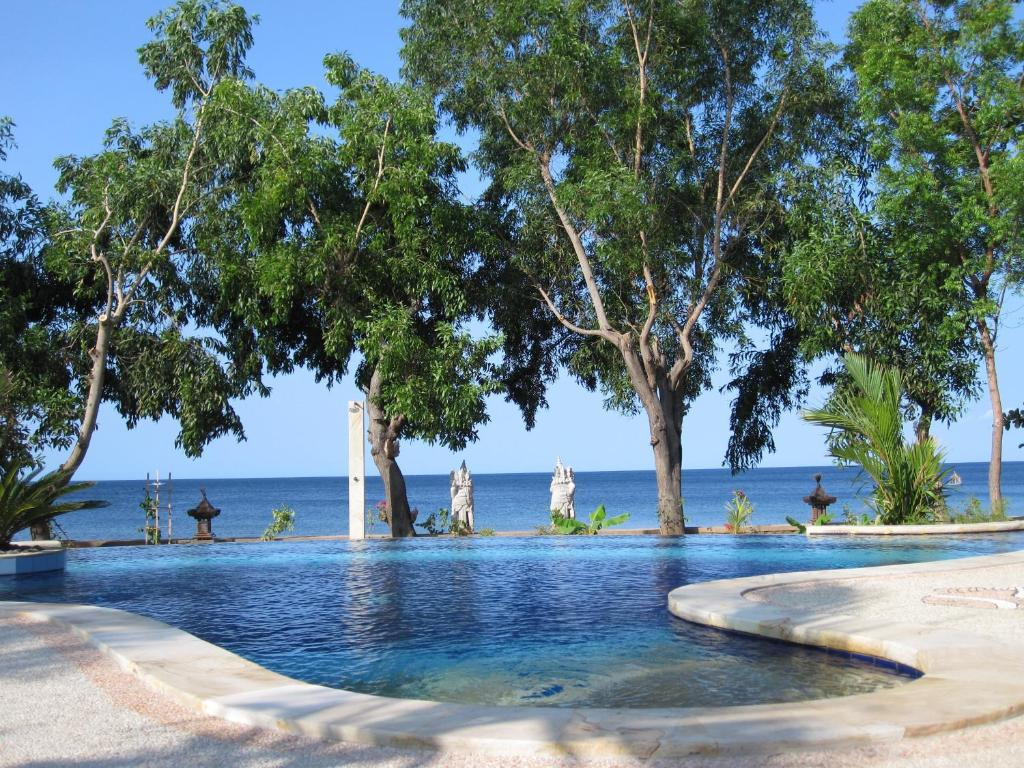 Swimming pool sa o malapit sa Bali Dream House