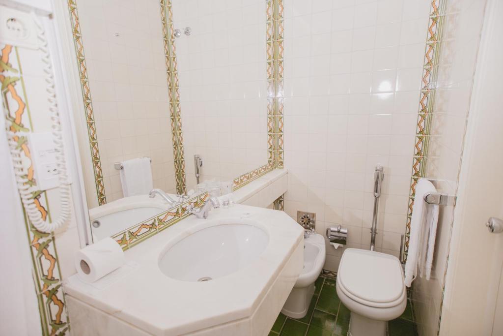 Prime Albergaria Senhora Monte Portugal Lissabon Booking Com Pabps2019 Chair Design Images Pabps2019Com