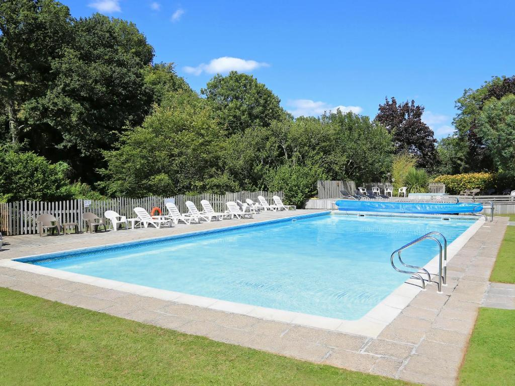 The swimming pool at or close to 2 Salle Cottage