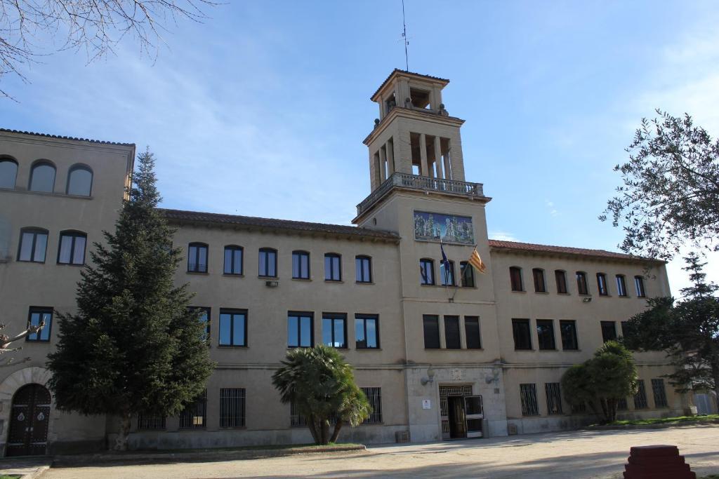 Hostel Casa de colònies Mogent (España Llinars del Vallès ...