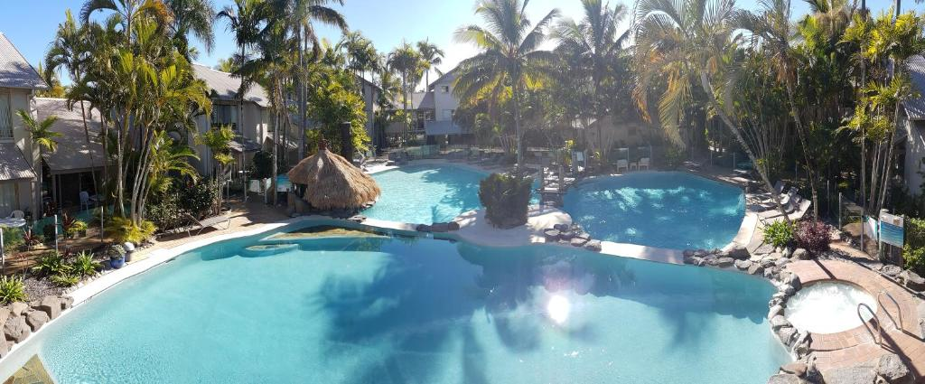 A view of the pool at The Islander Noosa Resort or nearby