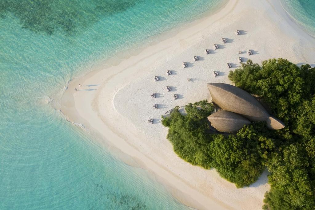 Blick auf Dhigali Maldives aus der Vogelperspektive