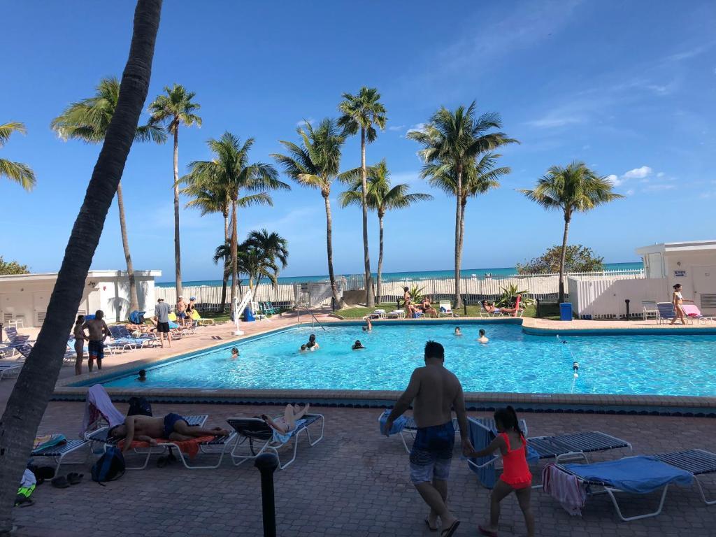 Condo Hotel Miami Beach Sunshine At
