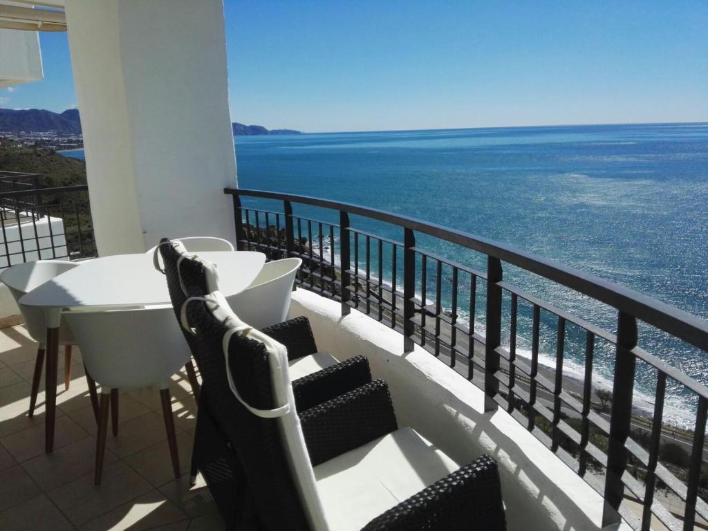 Apartamento Lujo Calaceite, Torrox Costa, Spain - Booking.com