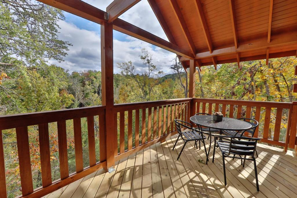 Vacation Home 651 Country Oaks Dr Cabin Pigeon Forge Tn
