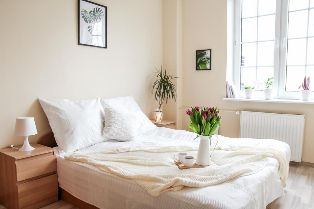 Łóżko lub łóżka w pokoju w obiekcie Apartament Ogarna dla 6 osób w Centrum Starówki