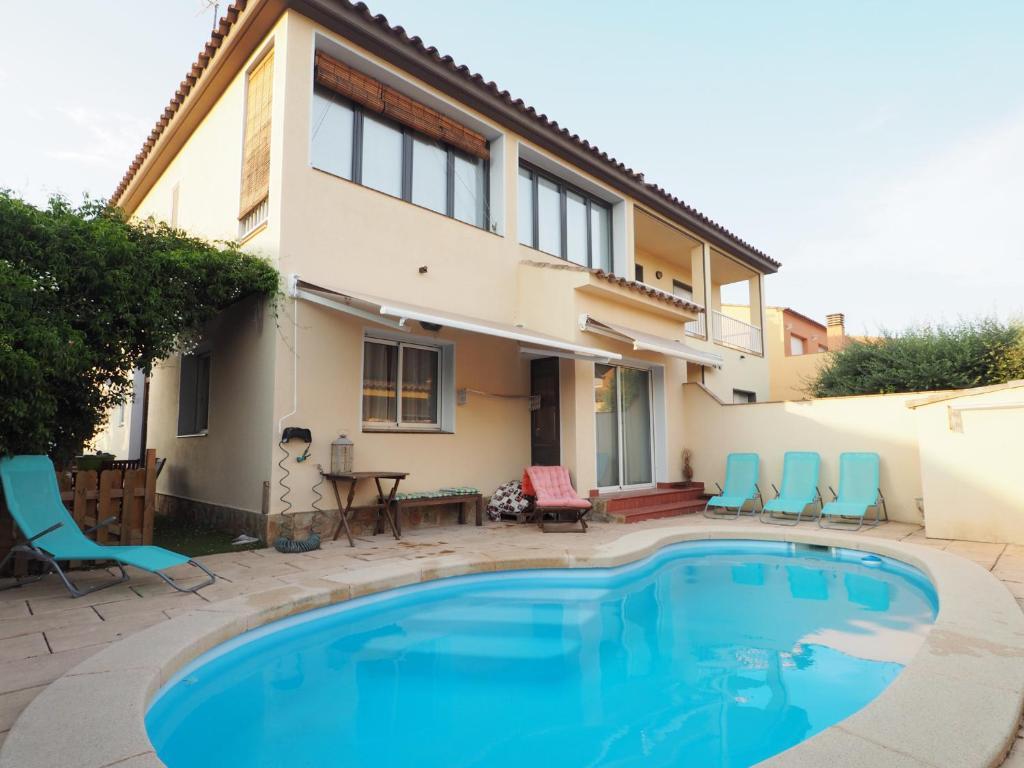 Casa con piscina en la Costa Brava. Closets, Sant Pere ...