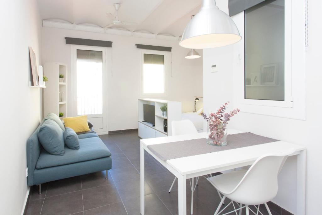 Modern Sagrada Familia PA, Barcellona – Prezzi aggiornati ...