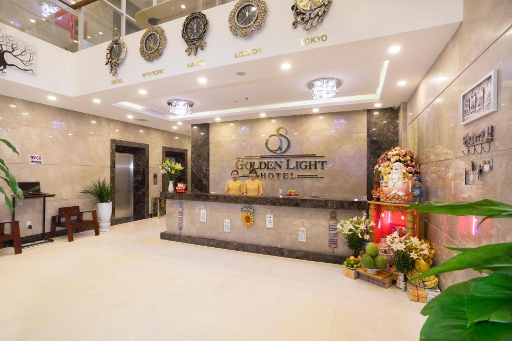 Khu vực sảnh/lễ tân tại Golden Light Hotel