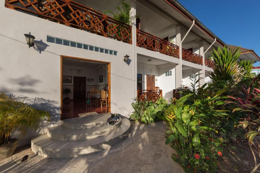 The facade or entrance of BABA Guesthouse