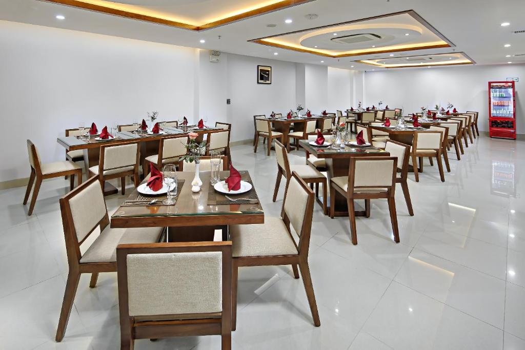 Nhà hàng/khu ăn uống khác tại Merry Hotel