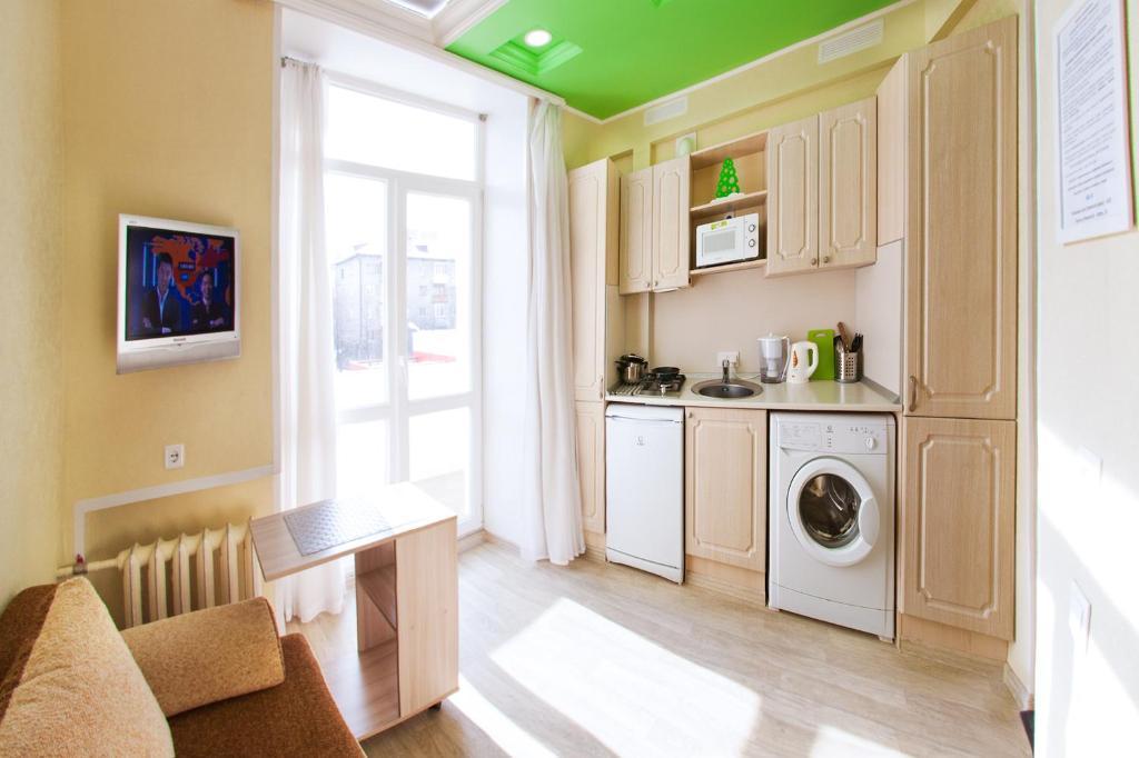 A kitchen or kitchenette at Mini-Hotel on Sverdlova