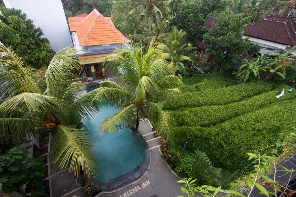 A view of the pool at Adi Bisma Inn or nearby