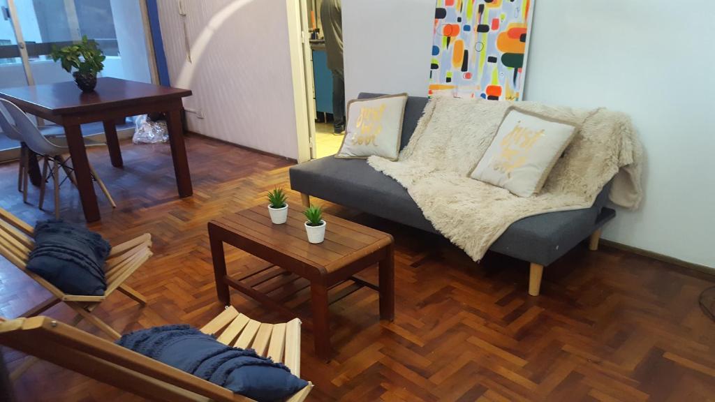 Un lugar para sentarse en Peatonal Mendoza