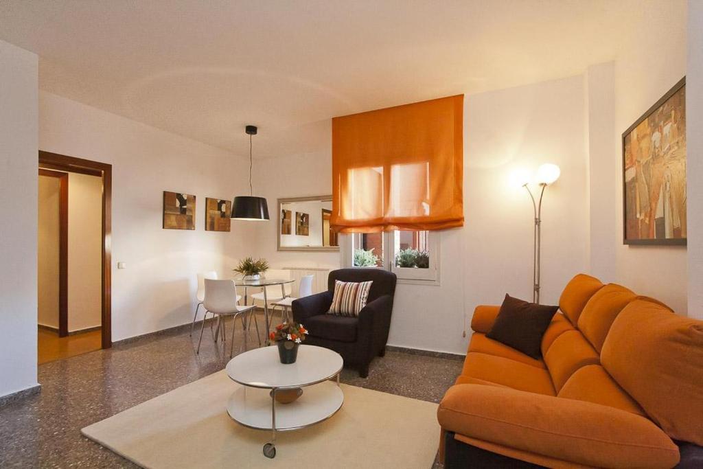 Marina Beach Apartments Barcelona