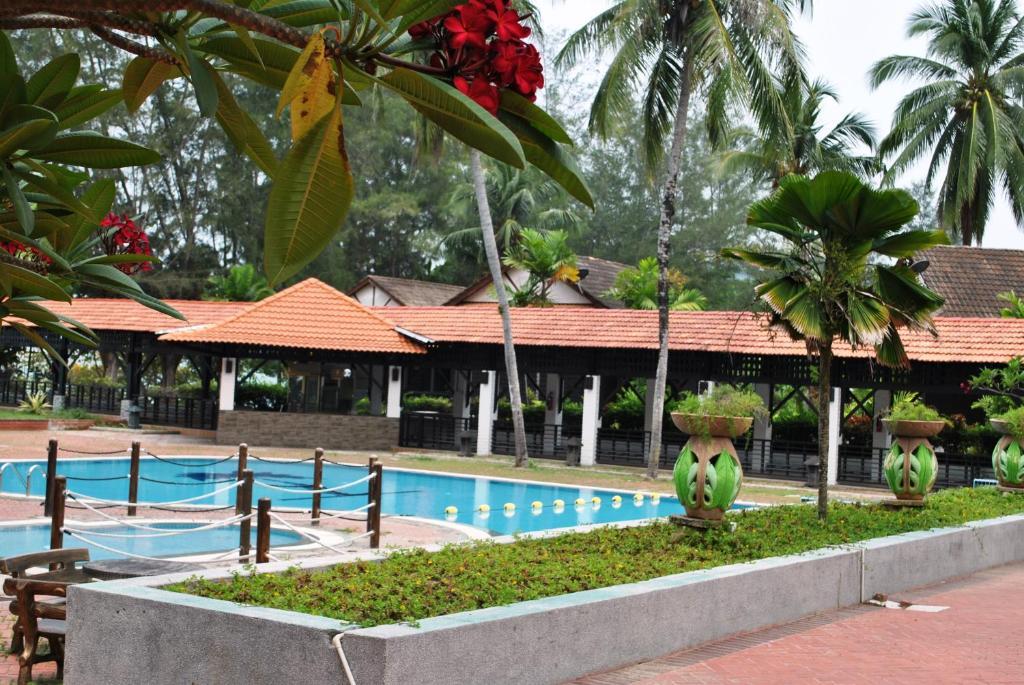 Puteri Bayu Beach Resort, Pangkor, Malaysia - Booking.com