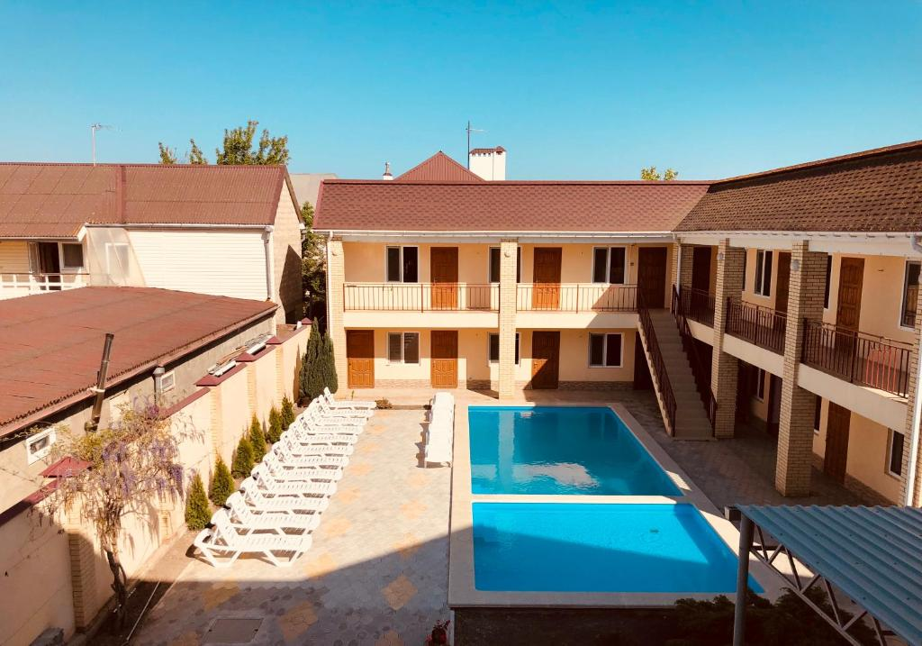 A view of the pool at Hotel Complex Marlen or nearby