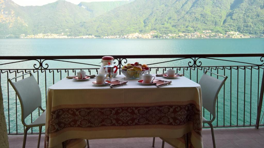 La Terrazza Lake Como Apartment Sala Comacina Italy