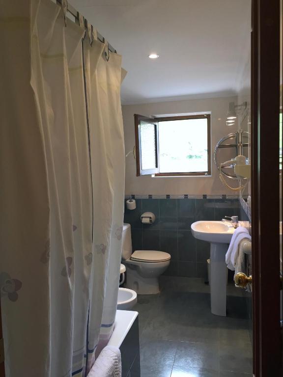 Hotel Trespalacios (España Panes) - Booking.com